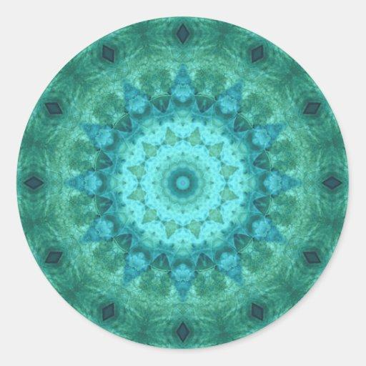 Caleidoscópio do medalhão do oceano adesivo em formato redondo