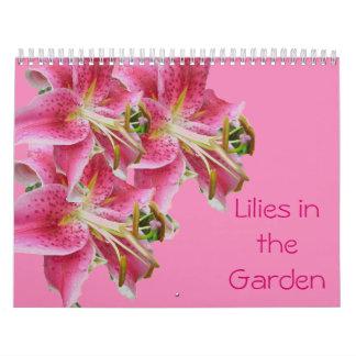 Calendário - lírios no jardim
