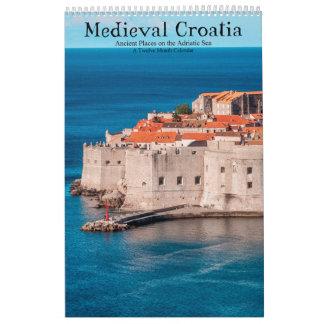 Calendário Lugares antigos medievais de Croatia no mar de