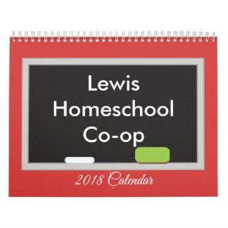 Calendário Quadro op de Homeschool Co no fundo vermelho