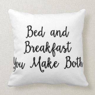 Cama - e - pequeno almoço você faz ambos descansar almofada