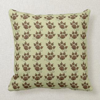 Cama verde bonito do cão da pata do cão almofada