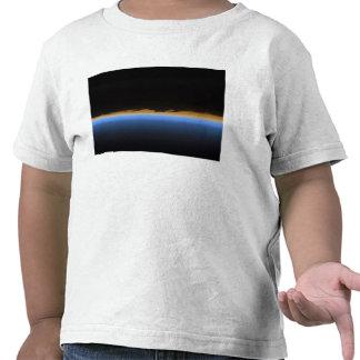 Camadas da atmosfera de terra t-shirt