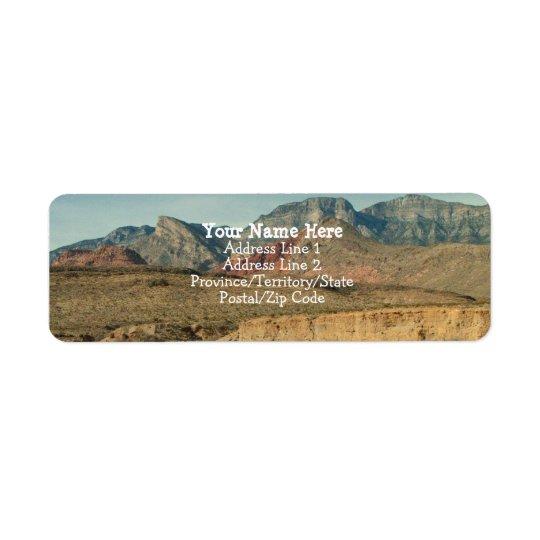 Camadas de rocha vermelha etiqueta endereço de retorno