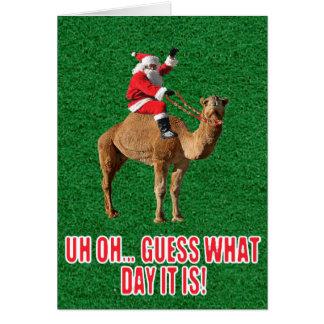 Camelo 2013 do dia de corcunda do Natal e cartão