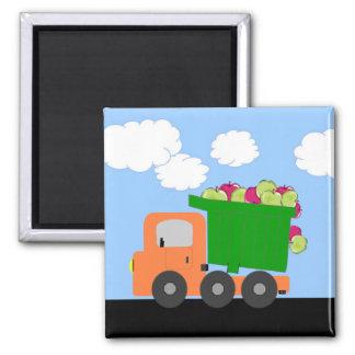 Camião basculante das maçãs (alaranjado) ímã quadrado