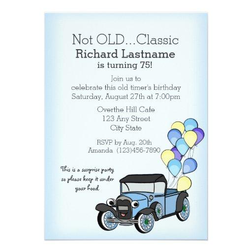 Caminhão antigo com aniversário dos balões convite