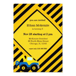 Caminhão da construção convite