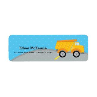 Caminhão da construção etiqueta endereço de retorno