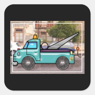 Caminhão de reboque azul resistente na rua adesivo em forma quadrada