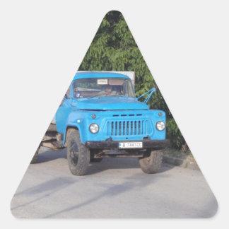 Caminhão do veterano adesivo triangular
