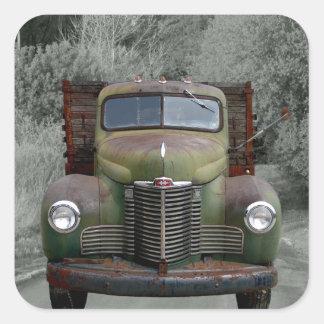 Caminhão internacional verde velho adesivo quadrado