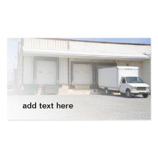 caminhão por uma doca de descarregamento cartão de visita