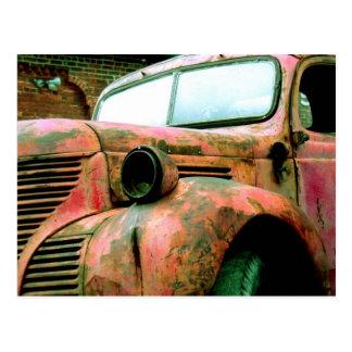 Caminhão vermelho grande cartão postal
