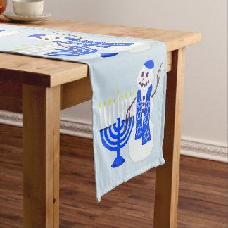 Caminho De Mesa Grande O boneco de neve de Hanukkah bonito adiciona seu
