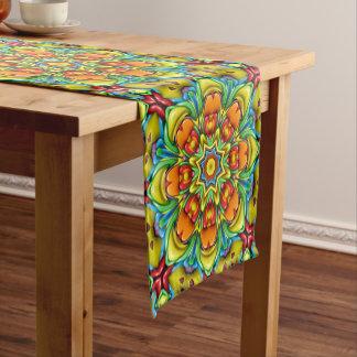 Caminho De Mesa Pequeno Corredor colorido da mesa   do caleidoscópio do