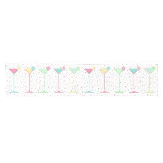 Caminho De Mesa Pequeno O corredor da mesa do aniversário, confete coloriu