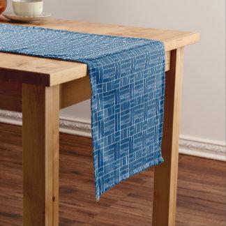 Caminho De Mesa Pequeno Teste padrão azul do olhar dos azulejos