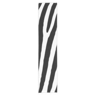 Caminho De Mesa Pequeno Teste padrão preto e branco do impressão da zebra