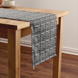 Caminho De Mesa Pequeno Teste padrão preto e branco do olhar dos azulejos