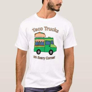 Caminhões do Taco em cada canto Camiseta