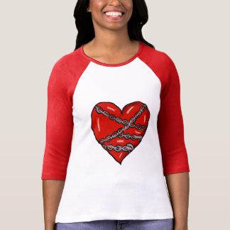 Camisa acorrentada do coração
