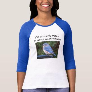 Camisa adiantada do pássaro