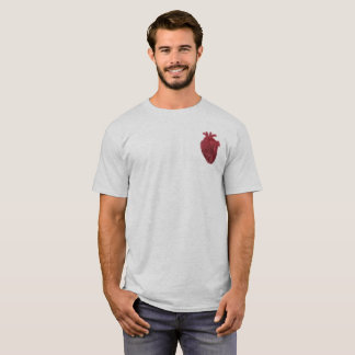 Camisa anatômica do coração da pintura pistola