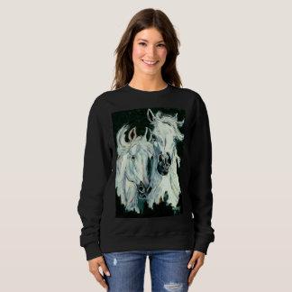 Camisa árabe gêmea bonita dos cavalos