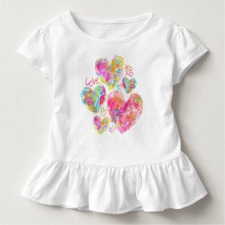 Camisa artística do plissado do bebê dos corações