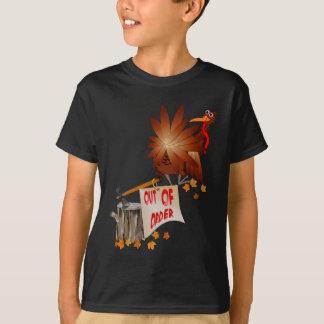 Camisa avariada da acção de graças