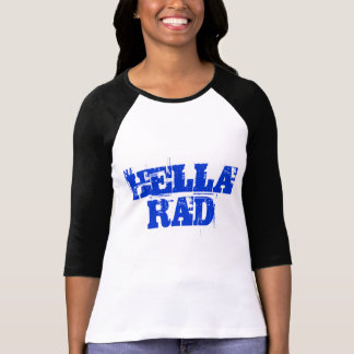 Camisa azul de Hella Rad do texto