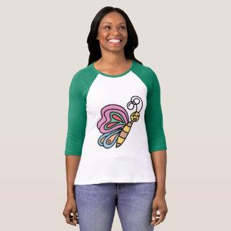 Camisa bonita da borboleta para mulheres