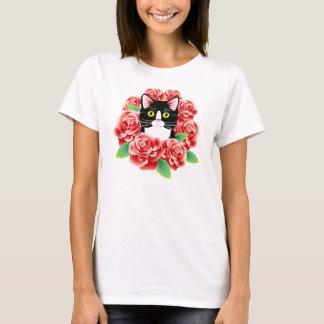 Camisa bonito das rosas vermelhas do amor do gato