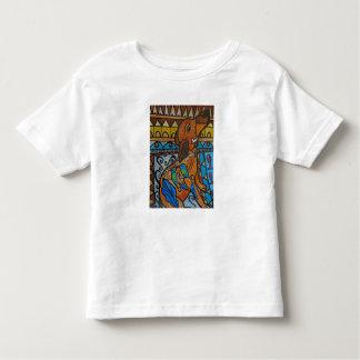 Camisa bonito do bebê do cachorrinho