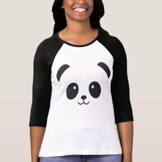 Camisa bonito e peluches da panda