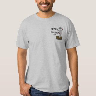 Camisa bordada carpinteiro aposentada