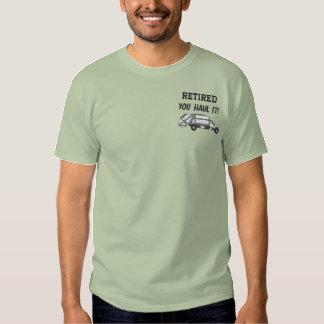 Camisa bordada gestão de resíduos