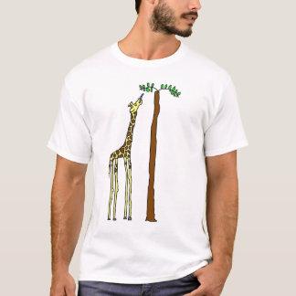 Camisa com fome do girafa