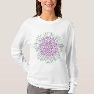 Camisa cor-de-rosa da flor do Fractal