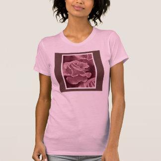Camisa cor-de-rosa do sacrifício tshirts