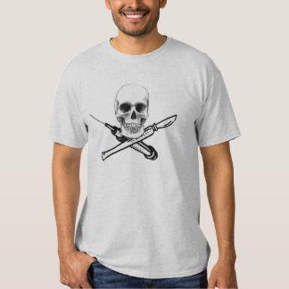 Camisa da cor clara do crânio e da seringa de UNMC Tshirts