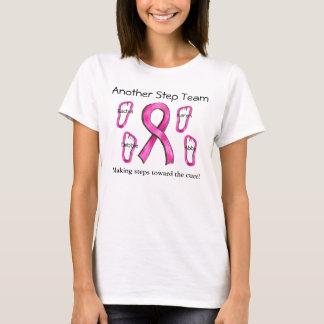 Camisa da equipe da caminhada do cancer