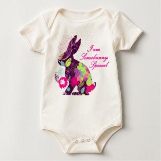 Camisa da fralda do coelho de coelhinho da Páscoa Macacão