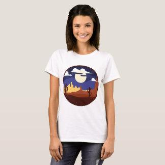 Camisa das mulheres da paisagem do deserto