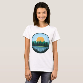Camisa das mulheres da paisagem do lago