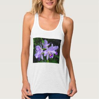 Camisa das orquídeas azuis T