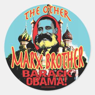 Camisa de Obama do irmão de Marx anti Adesivo Redondo