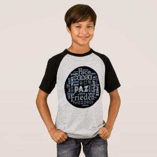 Camisa de T com paz do cromo em multi línguas