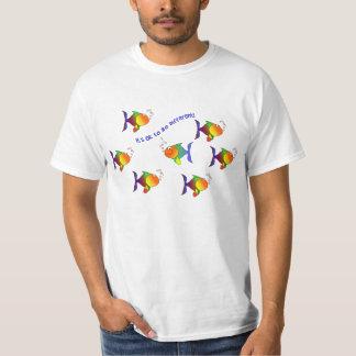 Camisa diferente dos peixes - escolha o estilo tshirt
